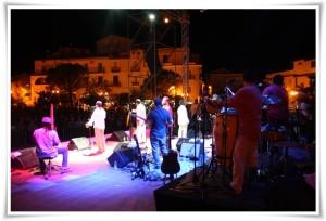 Badolato – Tarantella Power, dalle sonorità dell'Alta Murgia pugliese all'Orchestra di Piazza Vittorio