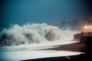 FOTO | 01/02/2014 – Mare in tempesta a Catanzaro Lido