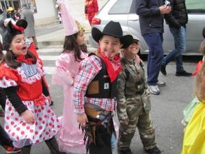 FOTO | Soverato – Carnevale 2014, mascherine delle scuole elementari