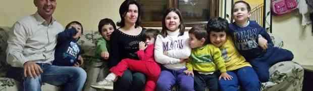 Sette figli in sette anni: a Domenica In la famiglia Menniti