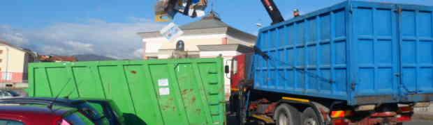 Satriano - La Parrocchia Santa Maria della Pace raccoglie 9 tonnellate di carta