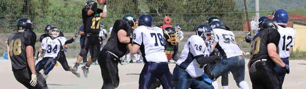 Football Americano - Gli Highlanders Catanzaro battono i Napoli 82ers e volano primi verso i playoff
