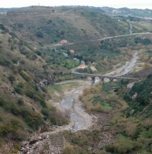 satriano-dormono-sulla-collina-297x300