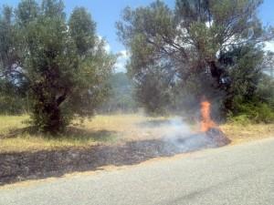 FOTO NEWS | Soverato – Incendio in Via Don Pilla