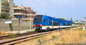 Ferrovia Jonica: treni diesel, elettrici… o entrambi?