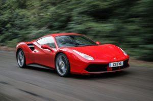 """Ferrari confiscata per precauzione: """"Troppo pericolosa nelle mani di un uomo."""""""