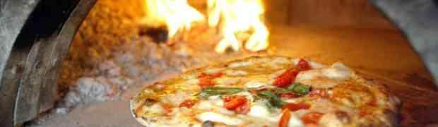 La notte dopo la pizza gonfiori addominali e tanta sete? Ecco perché