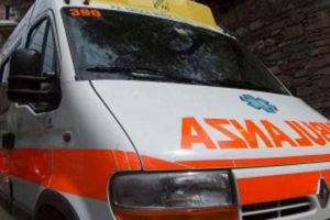 Calabria – Scontro tra due auto, anziano muore sul colpo