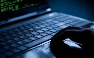 """Termina la latitanza del """"re"""" delle truffe online, arrestato 37enne calabrese"""