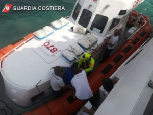 Choc anafilattico durante l'escursione, turista catanzarese salvata in Sardegna