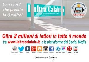 Giornali, lettori in crescita in Italia tra cartaceo e digitale